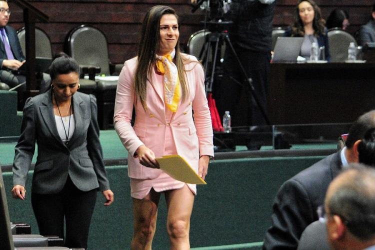 Ana Gabriela Guevara es denunciada por extorsión en Veracruz; habría pedido sobornos para asignar un contrato a una empresa con la Conade