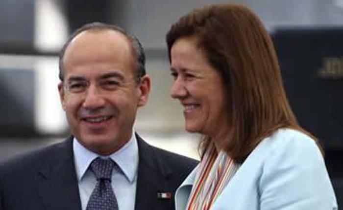 México Libre,Calderón señaló que hay una campaña misógina contra Margarita Zavala por moneros del gobierno