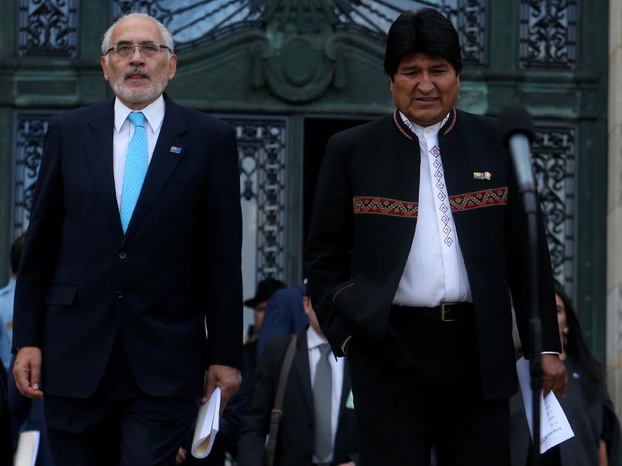 defiende a Evo Morales