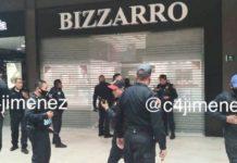 Hombres intentan robar joyería en Patio Universidad