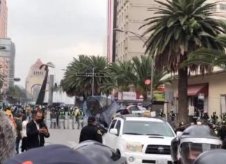 Autoridades quitan casas de campaña a integrantes de FRENA (Video)