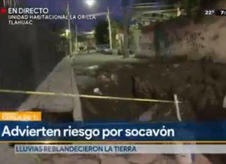 Reportero cae a socavón en transmisión EN VIVO