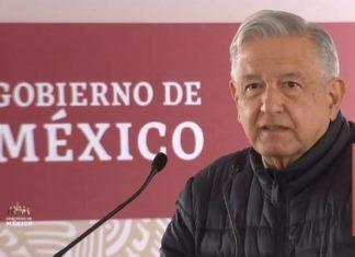 En gira por Tlaxcala, AMLO deja de lado medidas sanitarias