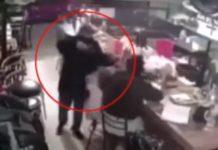 Ladrón encañona a niña durante asalto a cafetería en Cuautitlán (Video)