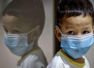 contagios de covid-19 vacunación de menores con comorbilidades