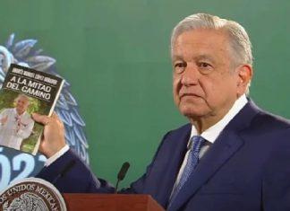 AMLO Trabajadores del ISSSTE son obligados a comprar el libro de AMLO