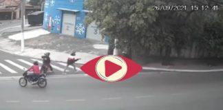 motociclista se defiende de ladrones a tiros