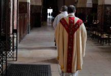 Iglesia católica francesa abusó sexualmente de más de 200 mil menores